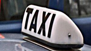 """Udają taksówki """"na paczkę"""""""