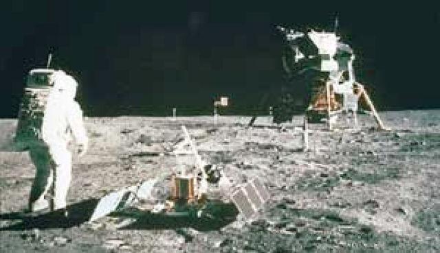 Amerykanie odpuszczają sobie Księżyc