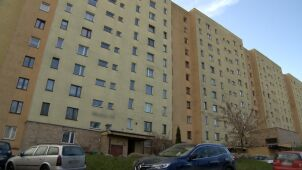 Jeden śmiertelny cios nożem w serce. 24-latek zginął na klatce schodowej