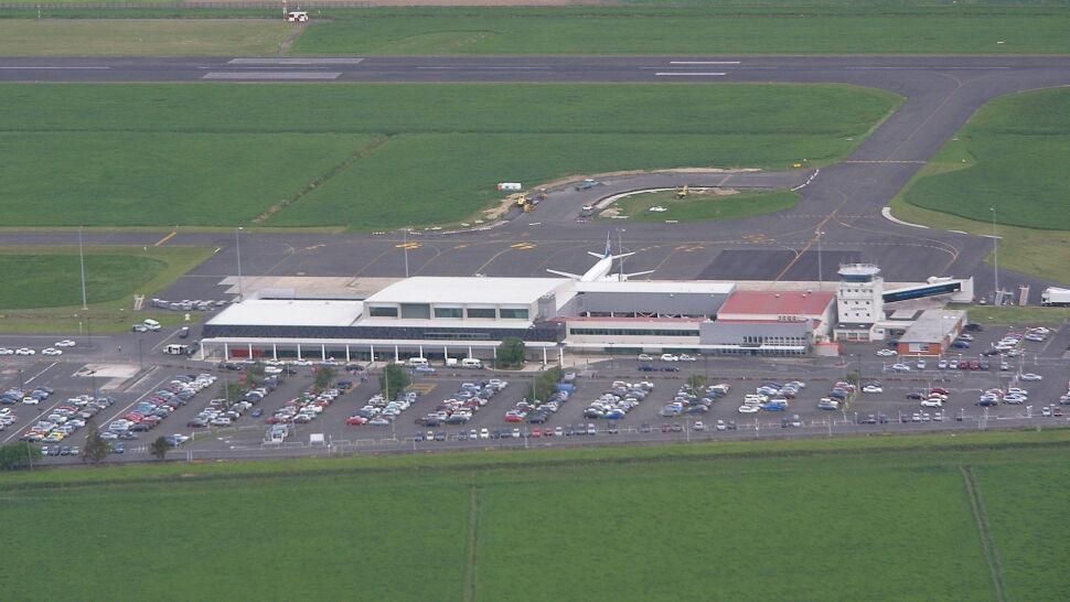 Podejrzany pakunek na lotnisku  w Nowej Zelandii. Odwołano lot