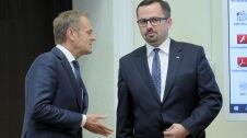 """Horała mówi o Andorze i Liechtensteinie, Tusk wytyka mu """"pewne nieścisłości"""""""
