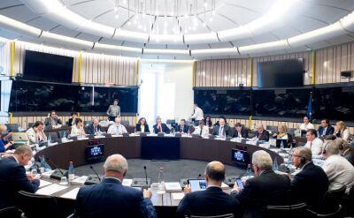 Lewandowski o budżecie: Wschód płaci za nadużycia władzy w Polsce