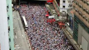 Sto dni protestów w Hongkongu