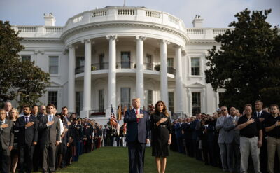 Donald Trump uczcił pamięć ofiar z WTC minutą ciszy
