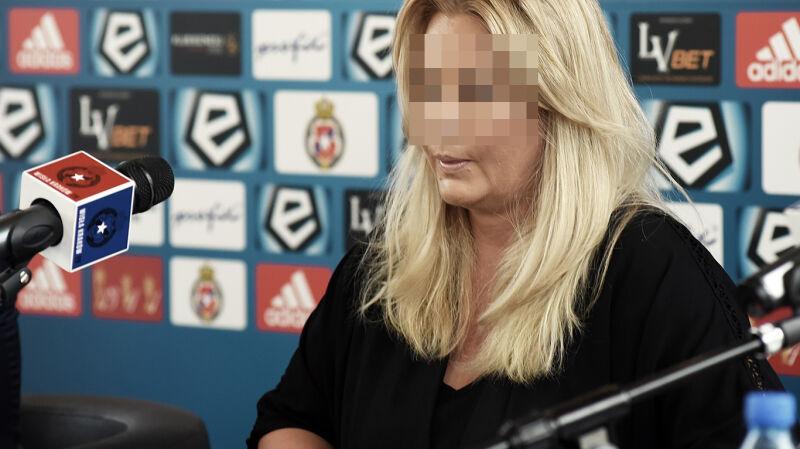 """""""Z pieniędzy klubu ci ludzie kupowali narkotyki"""". Byli członkowie zarządu Wisły Kraków usłyszeli zarzuty"""