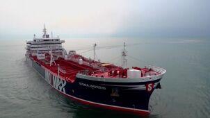 Tankowiec poza kontrolą załogi. Szef brytyjskiej dyplomacji grozi konsekwencjami