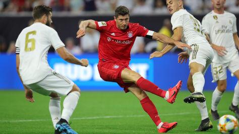 Ładny gol Lewandowskiego. Bayern pewnie ograł Real