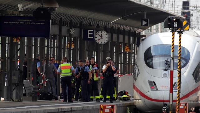 Wepchnął matkę z dzieckiem pod nadjeżdżający pociąg. Chłopiec zginął, napastnik zatrzymany