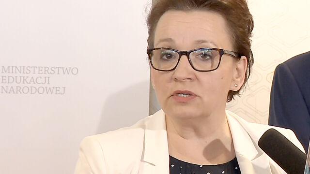Minister edukacji przyznaje: Polacy współodpowiedzialni za Jedwabne