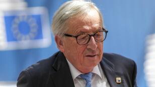 """""""Juncker musiał skrócić wakacje w Austrii  z powodów medycznych"""""""