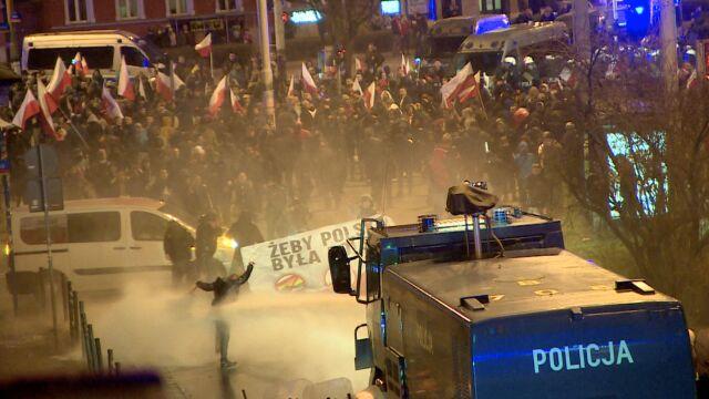 Zamieszki po marszu narodowców we Wrocławiu. Kilkunastu zatrzymanych, pięciu poszkodowanych