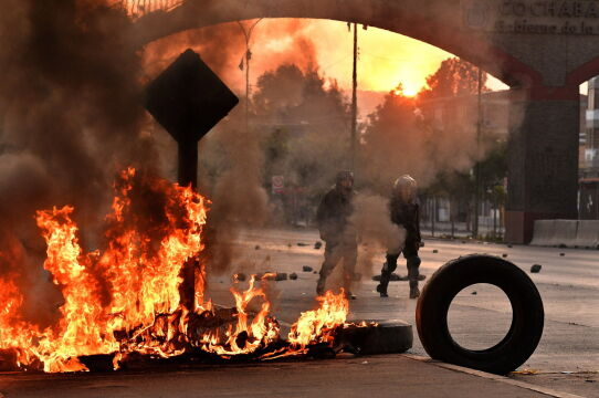 Zamieszki w Boliwii doprowadziły do dymisji prezydenta Moralesa