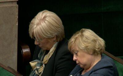 Małgorzata Gersdorf i Julia Przyłębska obok siebie na sali plenarnej