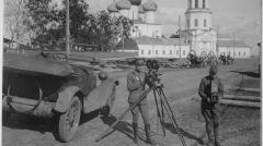 Amerykańscy żołnierze dokumentują swoją operację w Rosji. Archangielsk, 25 czerwca 1919 roku
