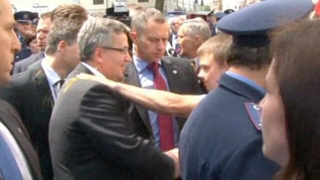 Zaatakował jajkiem Komorowskiego. Zarzut znieważenia prezydenta