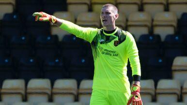 Kolejny młody piłkarz z Walii zmaga się z nowotworem