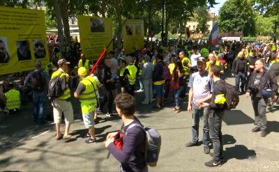 """Protest """"żółtych kamizelek"""" w Paryżu 1 czerwca"""
