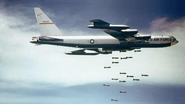 Operacja Linebacker II i B-52