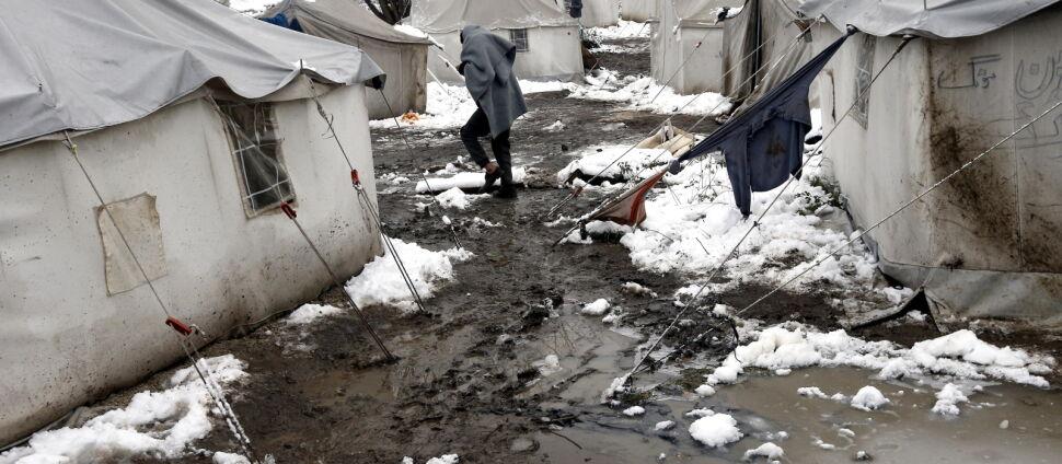 """""""Byłam zszokowana tym, co zobaczyłam"""". Obóz  na wysypisku śmieci, w pobliżu pól minowych"""