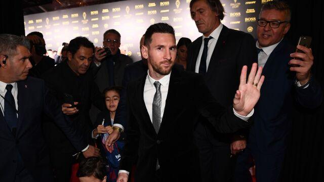 Rekordowa Złota Piłka dla Messiego, Lewandowski wręczył nagrodę bramkarzowi roku