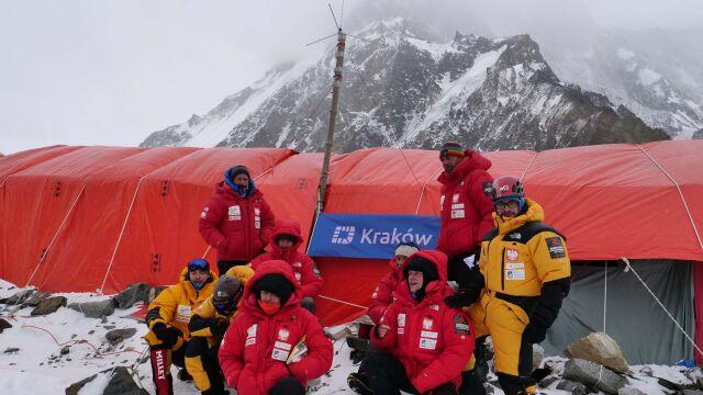 """Jest sprzęt, są deklaracje kolegów. """"Na K2 należy wyruszyć wcześniej"""""""