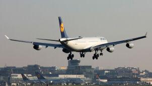 Samoloty zawracają, rejsy są odwoływane. Linie lotnicze nie latają do Izraela