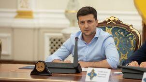 Partia nowego prezydenta faworytem sondaży na Ukrainie