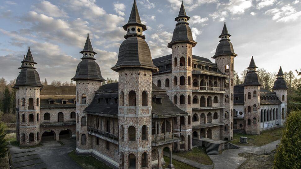 Czocha nie dla fanów Pottera. To może Łapalice - najmłodszy zamek Europy?