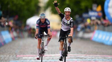 Giro szczęśliwe dla Victora Campenaertsa. Doczekał się zwycięstwa w wielkim tourze