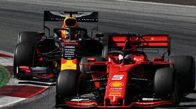 Spektakularna wygrana Verstappena. Odebrał prowadzenie Leclercowi dwa okrążenia przed końcem Grand Prix Austrii