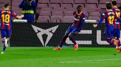 Barcelona biła głową w mur, wygrała w samej końcówce. Traci punkt do lidera