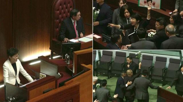 Opozycyjni posłowie wyprowadzeni z parlamentu