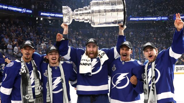 Tampa Bay Lightning najlepszą drużyną ligi NHL