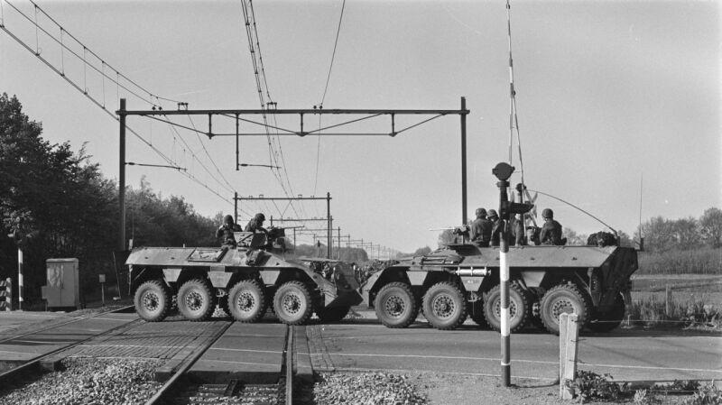 Porwanie pociągu i uczniów w Holandii w 1977. Po trzech tygodniach do akcji ruszyło wojsko