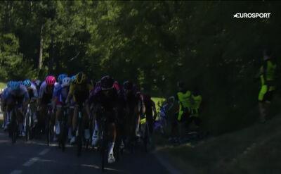 Kraksa na 1. etapie Tour de l'Ain