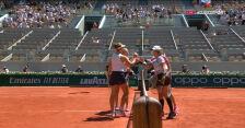 Krejcikova i Siniakova pokonały parę Świątek/Mattek-Sands w finale French Open