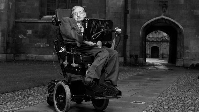 Prochy Hawkinga zostaną złożone obok grobów Darwina i Newtona