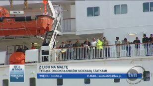 Tysiace osób opuszczają Libię (TVN24)