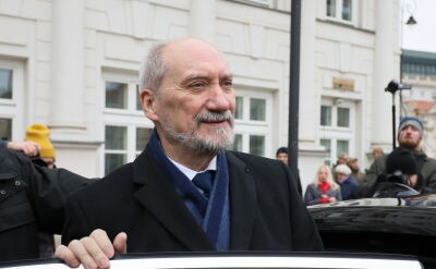 """Macierewicz: """"cieszę się z powołania nowego rządu"""""""