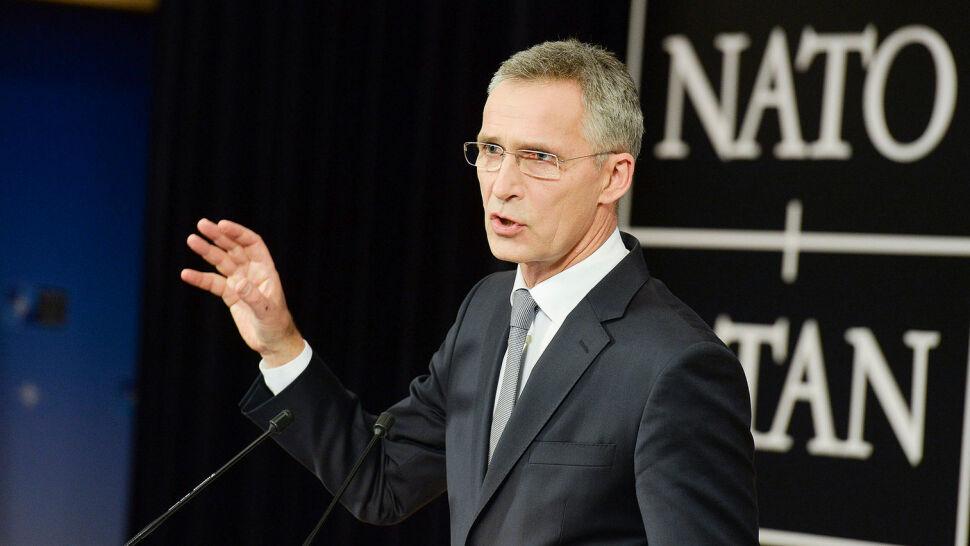 Stoltenberg na czele NATO jeszcze trzy lata