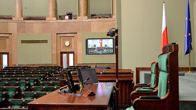 """Sejm zajmie się """"pakietem demokratycznym"""". PiS proponuje zmiany"""