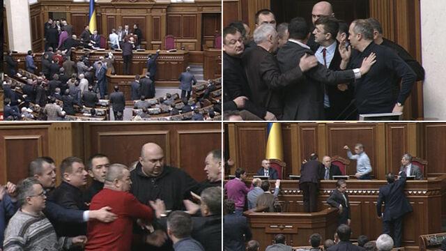 """Szarpanina w ukraińskim parlamencie. """"Zdymisjonować Janukowycza!"""""""