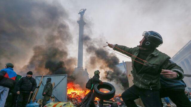 Reporter TVN24 o zakazie używania broni przeciwko cywilom
