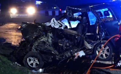Czołowe zderzenie pod Gorzowem. Zginął kierowca przygnieciony przez auto