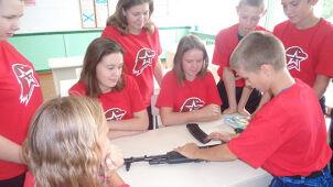 Kałasznikow w szkole