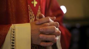 Przegląd prasy: Wydajemy więcej na księży