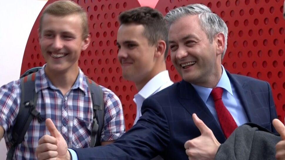 """Biedroń """"zawiódł 2700 wyborców"""". Złożył mandat i ruszył w Polskę"""
