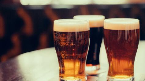 Zamiast piwa, wino w puszkach. Amerykanie zmieniają nawyki
