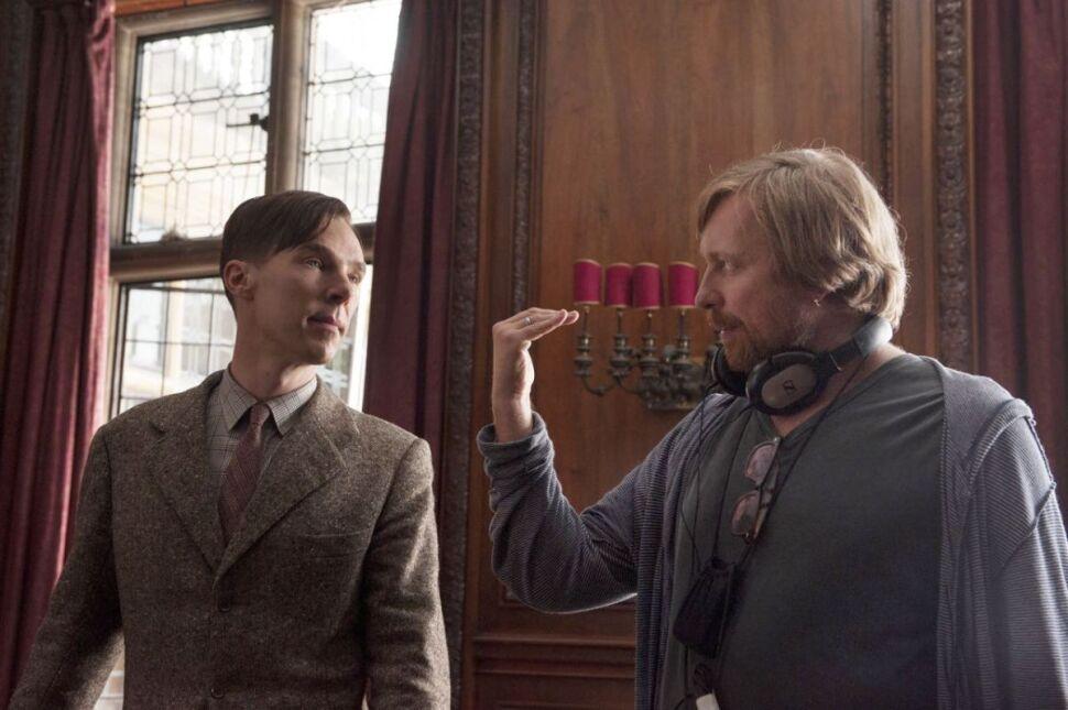 Benedict Cumberbatch i reżyser Morten Tyldum na planie filmu