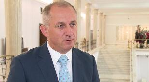 Wiceminister lobbował na rzecz prywatnej kliniki? Tusk: decyzje do końca tygodnia